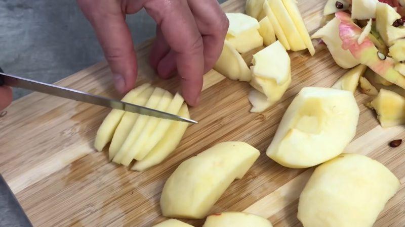 Пирог-ураган! Всего 2 яблока и заварной крем — пальчики оближешь