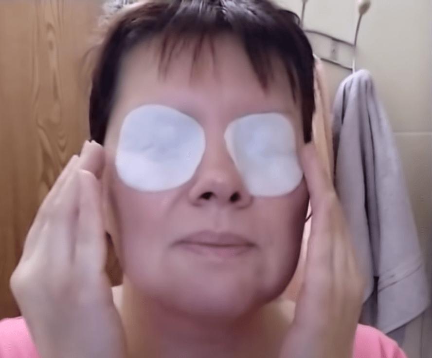 Экспресс-метод, позволяющий избавиться от отеков и мешков под глазами, не заплатив ни копейки